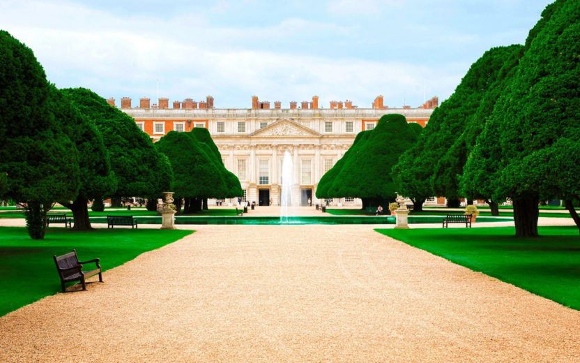 Allee of trees at Hampton Court (Image: Wallpapergang)