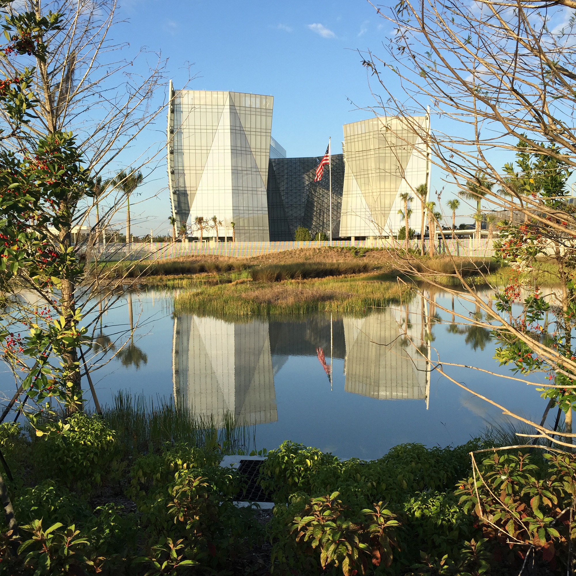 The Federal Office Building, in Miramar, FL, is a SITES certified GSA pilot project. Credit: krueck +sexton architects