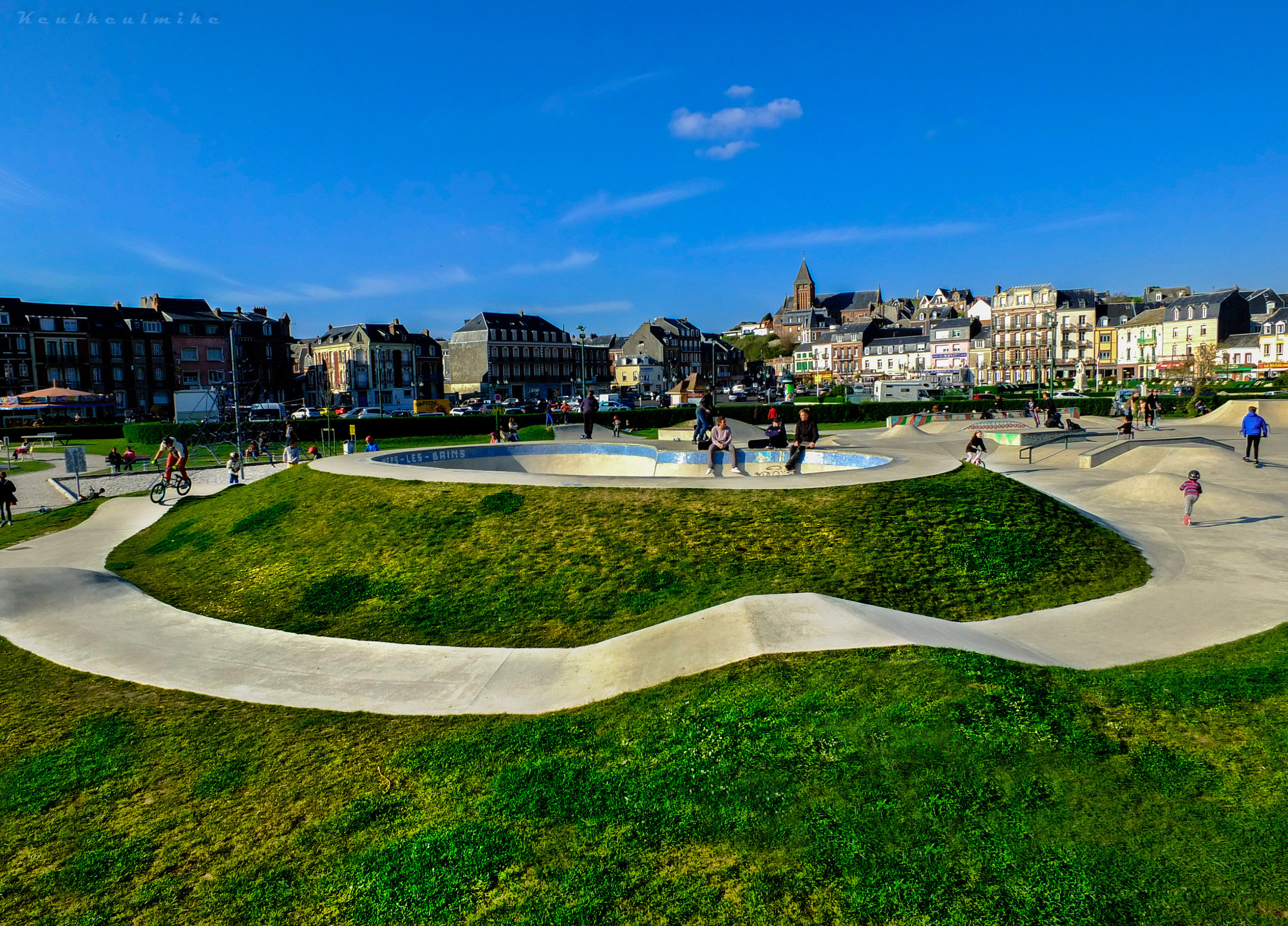 """Skate park at """"Mer-les-Bains"""""""